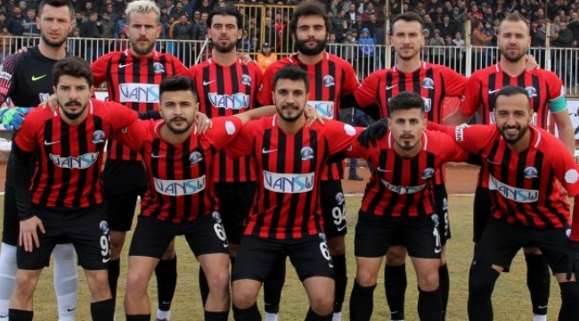 Vanspor Play- Off'u Garantiledi